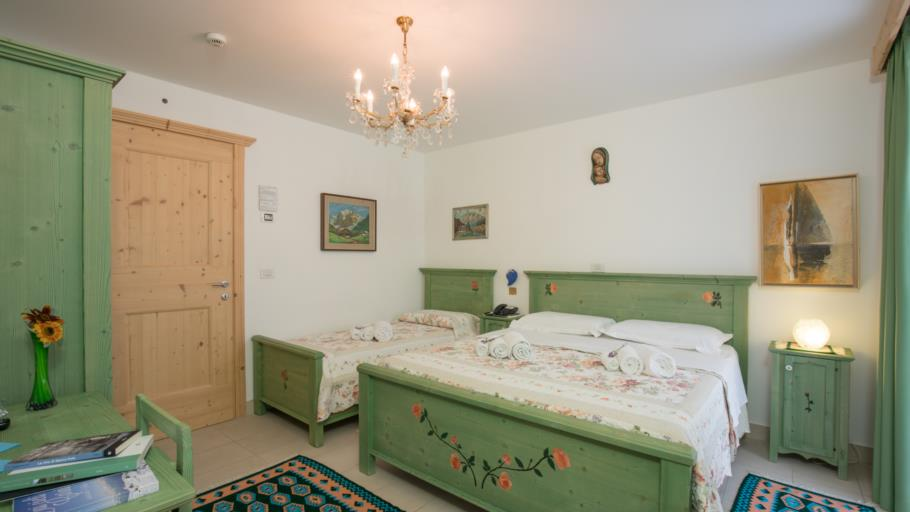 Triple Room with Mountain View  1-3 guests